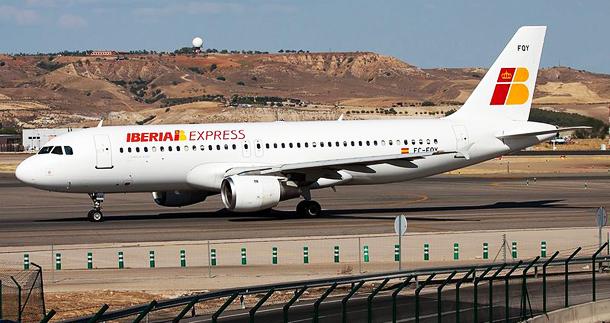 610x320 Iberia_Express_Airbus_A320-211_EC-FQY