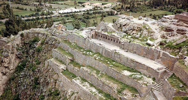 1280px-Ollantaytambo,_Peru