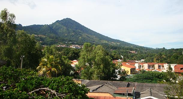 сальвадор 610 320